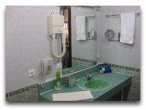 отель Рахат: Ванная комната