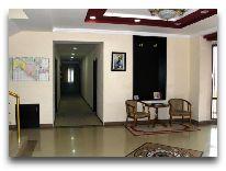 отель Rahnamo: Холл отеля