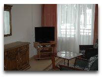 отель Оздоровительный Комплекс Ракета: Семейный трехкомнатный номер