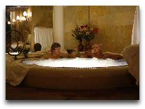 отель Ramada Vilnius: Джакузи в сауне