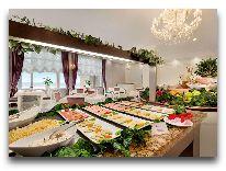 отель Ramada Hotel Baku: Шведский стол