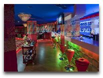 отель Ramada Plaza Gence: Ночной клуб Rainbow