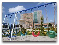отель Ramada Plaza Gence: Детская площадка
