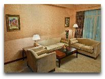 отель Ramada Plaza Gence: Номер Corner Suite