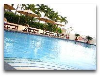 отель Ramana Saigon Hotel: Бассейн