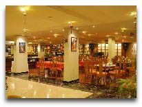отель Ramana Saigon Hotel: Лобби