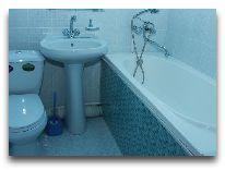 отель Ratmina: Ванная в номере