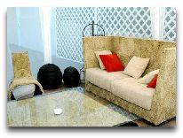 отель Rcheuli Marani: Мягкий уголок на террасе