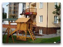 отель Red Stone: Детская площадка