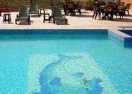 отель Regineh Hotel: Открытый бассейн