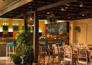отель Renaissance Riverside Hotel: Бар