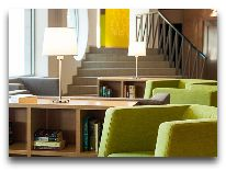 отель Tallink Express Hotel: Уголок холла