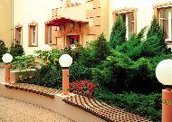 отель Reytan: вход в отель