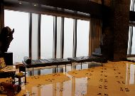 отель Ritz-Carlton Almaty: Холл между этажами