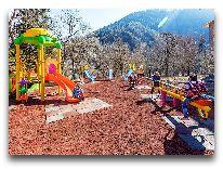 отель Rixos Borjomi: Детская площадка