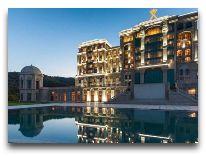 отель Quba Palace: Отель вечером
