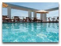 отель Romance Hue Hotel: Бассейн