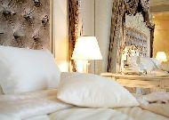 отель Royal Casino SPA & Hotel Resort: Интерьер номера