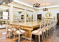 отель Russia: VIP-зал комната для переговоров