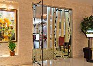 отель Russia: Вход в ресторан
