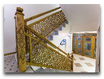 отель Boutique Safiya Hotel: лестница в гостинице
