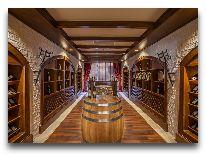 отель Samaxi Palace Platinum: Винный погреб