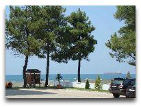 отель Sanapiro: Пляж