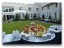отель Sarunas: Летняя терраса ресторана