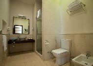 отель Sea Breeze: Ванная комната