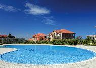 отель Sea Breeze: Бассейн на территории