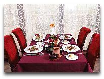 отель Shah Palace Hotel: Ресторан Khanedan & Теrrаса
