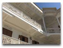 отель Shahriston: Внутренний дворик