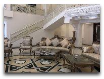 отель Shahriston: Холл отеля