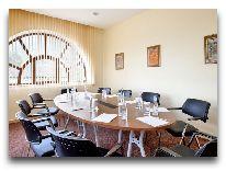 отель Shaki Palace Hotel: Комната для переговоров
