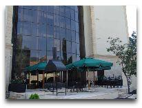 отель Sheki Saray Hotel: Летняя терраса
