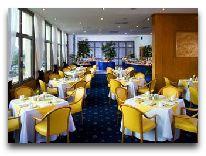 отель Sheraton Metechi Palace Hotel: Ресторан Нарикала