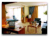 отель Sheraton Metechi Palace Hotel: Номер в отеле