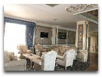 отель Spring Hotel: Холл