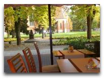 отель Credo: Вид из окон кафе