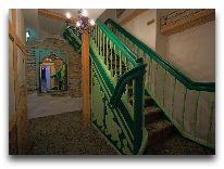 отель St. Olav: Лестница в отеле
