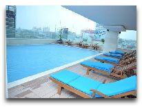 отель Starcity Hotel Saigon: Бассейн