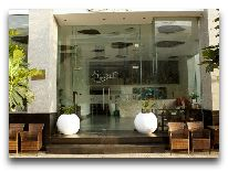 отель Starlet Nha Trang Hotel: Вход в отель