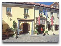 отель Relais&Chateux Stikliai: Фасад отеля