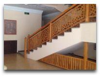 отель Sultan: Лестница в отеле