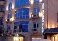 отель Sunrise: Фасад отеля