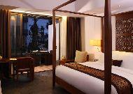 отель Sunrise Hoi An Beach Resort Hotel: Family villa