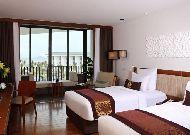 отель Sunrise Hoi An Beach Resort Hotel: Ocean deluxe room
