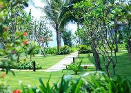 отель Sunrise Hoi An Beach Resort Hotel: Территория отеля