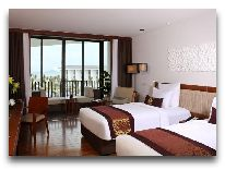 отель Sunrise Hoi An Beach Resort Hotel: Ocean deluxe room