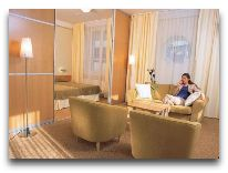 отель Susi: Гостиная в номере Suite Deluxe